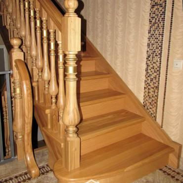 Элитная лестница с золотой патиной г. Балашиха