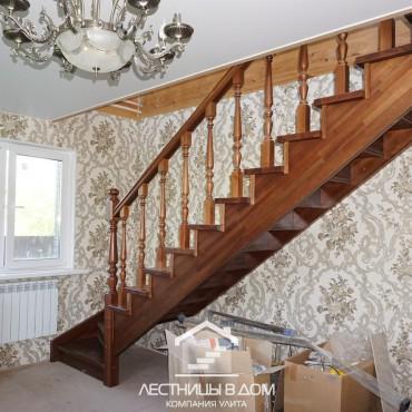 Косоурная лестница с подступенниками в г. Ногинск