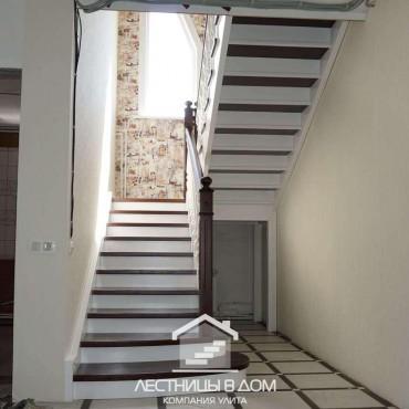 Лестница с комбинированной покраской в г. Орехово-Зуево и Московская область