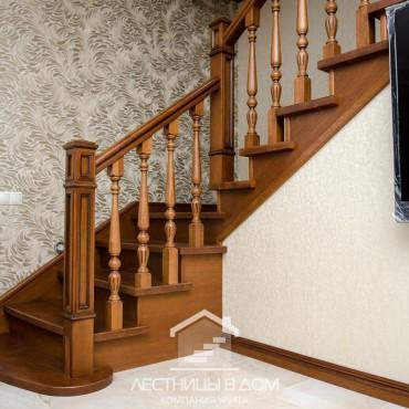 Бетонная лестница с обшивкой в классическом стиле, г. Электрогорск